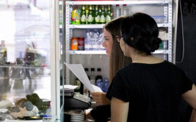 """El programa Incorpora de la Obra Social """"la Caixa"""", a través del punto de autoempleo de Fundación Cáritas Chavicar, facilita la creación de 17 microempresas"""