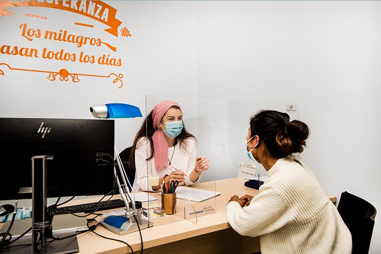 Fundación Bancaria Ibercaja y Fundación Caja de Ahorros de La Inmaculada contribuyen con 7.236 euros al proyecto Sumando Empleo